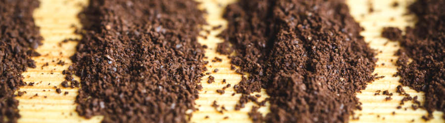 Übersicht der verschiedenen Mahlgrade von fein gemahlenem Kaffee bis zu grob gemahlenem Kaffee