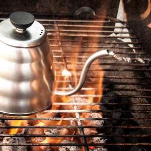 Nach dem Aufkochen sollte das Wasser auf ca. 95°C abkühlen.