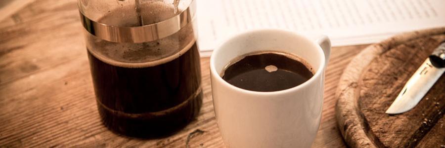 Mit der French Press und guten Kaffeebohnen bekommst Du immer einen leckeren Kaffee