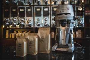 Unseren Kaffee gibt es in drei verschiedenen Verpackungsgrößen - wähle Deine Größe